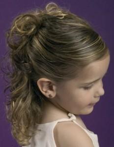 Фото на тему красивые причёски для маленьких девочек.