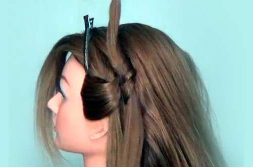 Прически на выпускной с распущенными волосами
