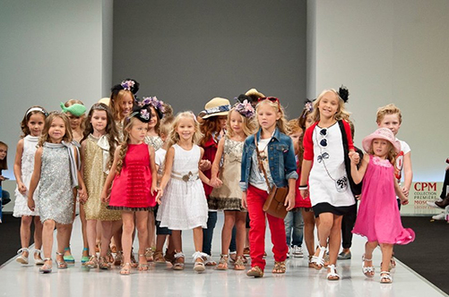как провести детский показ мод