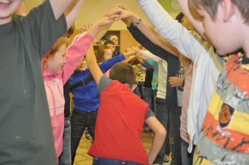 подвижные игры на знакомство для начальных классов