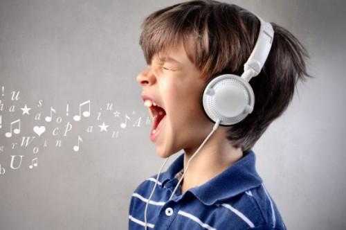 современные песни слушать и смотреть